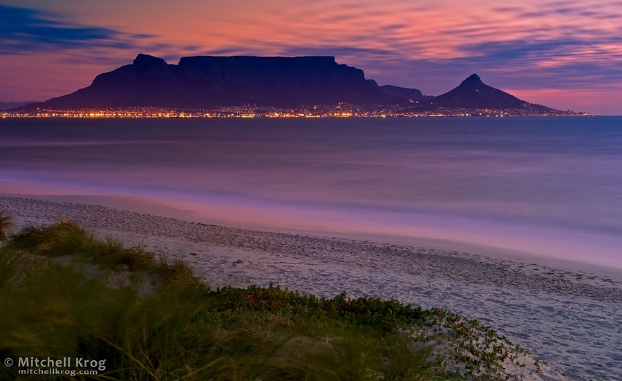 Photo table mountain and lions head in cape town after for Table mountain